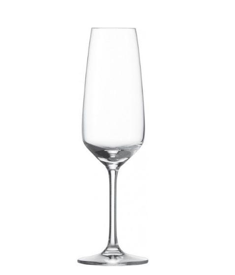 Gläser und Becher